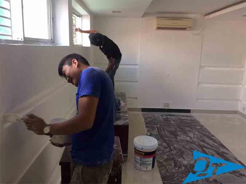 Thợ sơn nhà giá rẻ Quyết Thắng 99